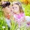 Ребенок и лето: отдых без комаров и болей в животе