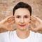Омоложение лица в домашних условиях: массаж, акупрессура и 2 упражнения