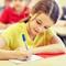 Ребенок не хочет ходить в школу, боится учителя: что делать?