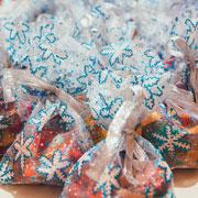Новогодние подарки своими руками: елочные игрушки из соленого теста