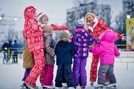 Открытие ледового катка У Триумфальной арки