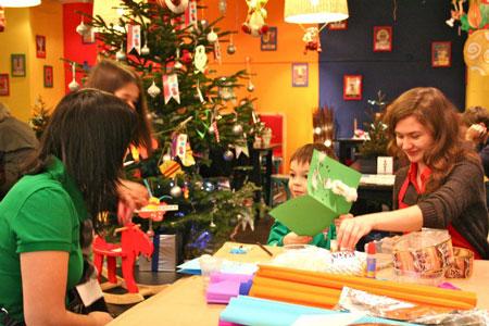 В детском центре ''Шардам'' пройдут елки с Антикварным Цирком и новогодними мастер-классами