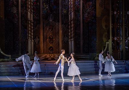 Золушка Московский благотворительный вечер Disney