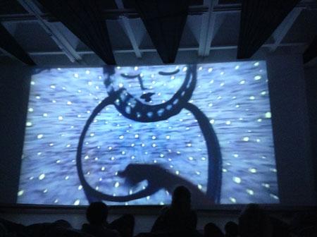 ''Песочные ёлки'' в Доме Архитектора представляют новые сказки для малышей