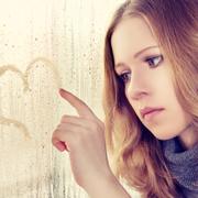 Что в поведении одиноких женщин отталкивает мужчин