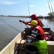 Поляева Елена: Рыбалка под Астраханью на майские: сумасшедший улов и отдых с детьми