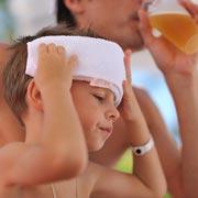 У ребенка тепловой удар: что делать?