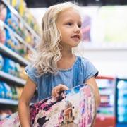 Ребенок потерялся в магазине: как реагировать