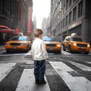 Анна Кутаркина: Безопасность детей летом: как не дать ребенку потеряться в городе