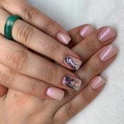 Модный летний маникюр, новые тенденции: стемпинг для ногтей