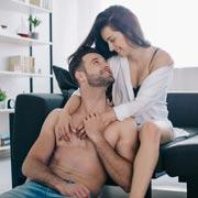 Дети, скука и гаджеты. Что еще нам мешает заниматься сексом