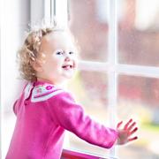 Сергей Бутрий: Откуда падают дети и что падает на детей: домашние травмы