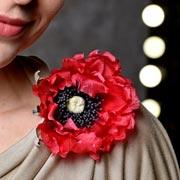 Подарок учителю – своими руками: брошь-цветок из ткани