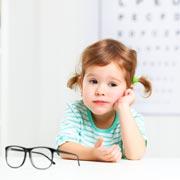 Правда ли, что телефоны и планшеты «сажают» зрение у детей