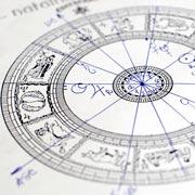 Водолеям – свой бизнес, Рыбам – прибавление в семье: гороскоп-2020