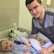 Алексей Лужков: Как научить ребенка переворачиваться со спины на живот