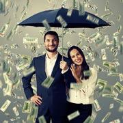 А вас устраивает, сколько зарабатывает муж?