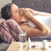 Надо ли сбивать температуру беременной при гриппе и ОРВИ