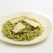 Спагетти карбонара, лингуине с песто, стеклянная лапша и шоколадные тальятелле : 4 рецепта для воскресного обеда