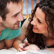 После родов: усталость и чувство вины. Как помочь молодой маме?
