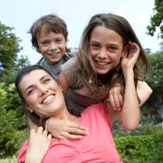 Работа для мамы с двумя детьми