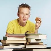 Домашняя библиотека: нужны ли современному человеку книги?