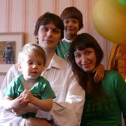 Дмитрий, Яна, Тимофей и Алексей. Счастливы вместе