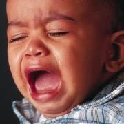 Этот невыносимый детский крик. Почему ребенок плачет?