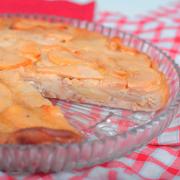 Рецепт дня: пирог с яблоками. Блинное тесто и ароматная начинка