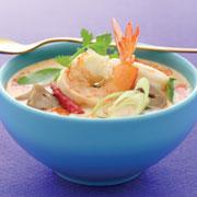 3 рецепта тайской кухни: суп, лапша с креветками и десерт с кокосом