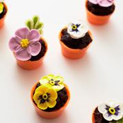 Вкусные 'несъедобные' десерты: 7 веселых идей для детского праздника