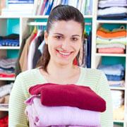 Как навести порядок в шкафу с одеждой: 8 правил для уборки и шопинга