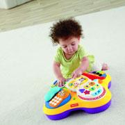 ''Волшебный'' столик: 4 игры для малыша