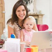 Работа на дому: как маме с детьми работать дома и все успевать