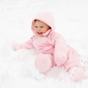 Детская одежда для зимних прогулок: как выбрать комбинезон?