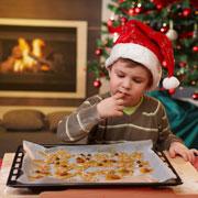 Печенье на елку и конфеты своими руками - вместе с детьми