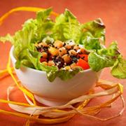 3 салата: рецепты для романтического ужина в День святого Валентина