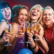 23 февраля и 8 марта: конкурсы для взрослых. Праздники на работе и в кругу друзей