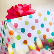 Счастье делать подарки. Две истории из детства