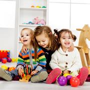 Изучаем цвета и развиваем цветовосприятие: игры для детей 1-2 лет