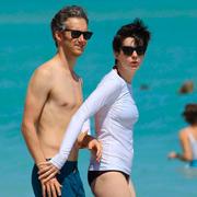 Звезды на пляже: модные купальники, красивые тела. Фото