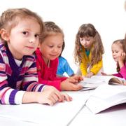 Учить ли ребенка давать сдачи в песочнице?