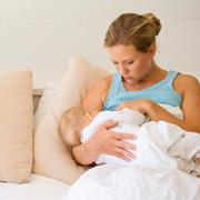 Сцеживания и 'плохое' молоко: 4 вопроса о грудном вскармливании
