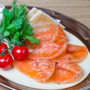 3 рецепта с водкой: настойки и семга домашнего посола