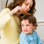 Летние проблемы: укусы насекомых и вши у ребенка