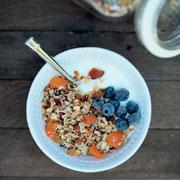 Завтраки - 3 рецепта в духовке: гурьевская каша, крупеник и мюсли