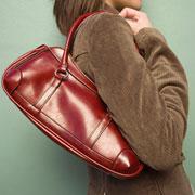Доминик Лоро: 16 признаков настоящей дамской сумочки