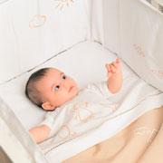 Белье для новорожденного: как украсить детскую кроватку