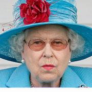 Маленький принц Джордж и королева Елизавета: 6 смешных фото