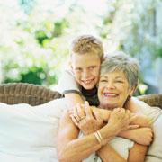Брюс Фейлер: Почему бабушек надо привлекать к воспитанию внуков